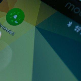 eindelijk-wordt-corona-app-gelanceerd-als-de-dokter-de-17-cijferige-code-nu-maar-juist-invult