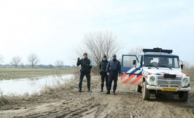 Leden van Frontex nabij grensrivier Evros