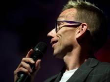 Dolf Jansen gaat oudejaarsconference streamen, ondanks lockdown
