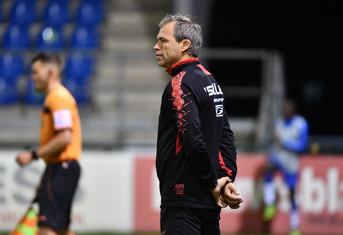 Benny Lunenburg, trainer van Dessel Sport, dat in eerste nationale nog geen enkele competitiewedstrijd speelde.
