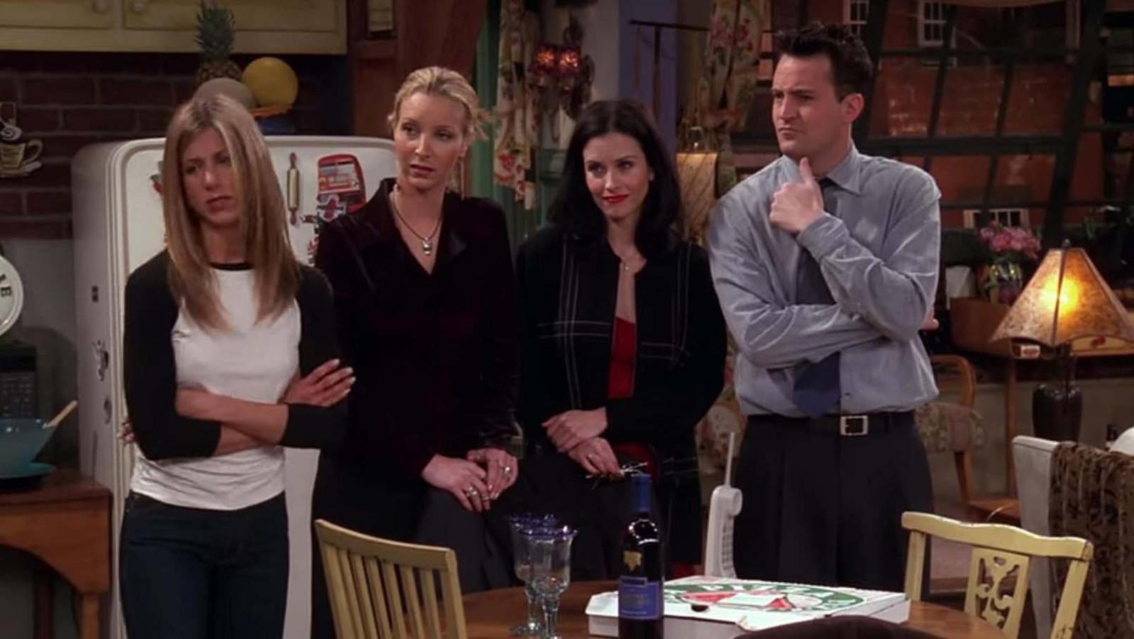 Jennifer Aniston (als Rachel), Lisa Kudrow (als Phoebe), Courteney Cox (als Monica) en Matthew Perry (als Chandler).