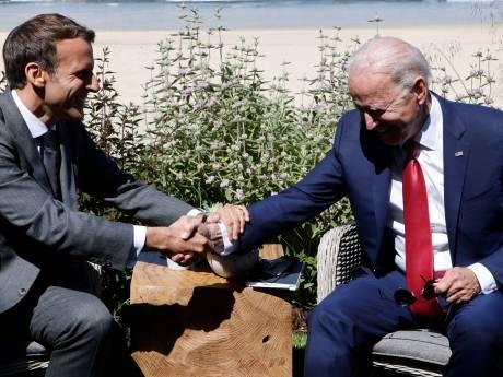 """Paris et Washington sont """"sur la même ligne"""", assure Biden à Macron"""