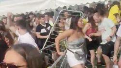 VIDEO. Paniek breekt uit tijdens festival in Londen: duizenden bezoekers breken door dranghekken