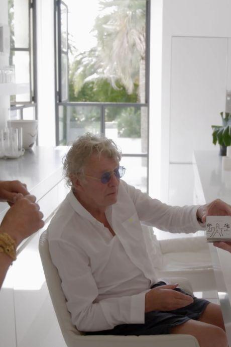 Jaïr kijkt ogen uit bij de rijksten der aarde: 'Een jacht van 275 miljoen, waar gaaaaat dit over?!'