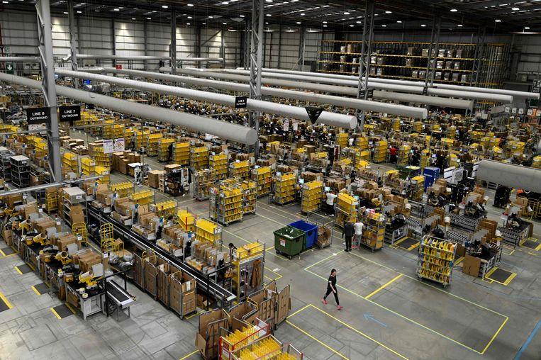 Een magazijn van Amazon. Beeld AFP