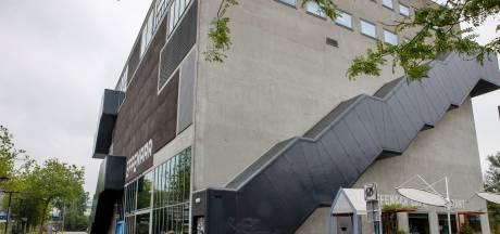 Effenaar wordt verbouwd: balkons in grote zaal, nieuwe entree aan de Stationsweg
