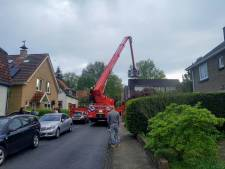 Woningbrand in Oosterbeek trekt veel hulpdiensten en toeschouwers