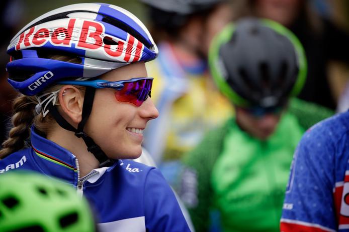Pauline Ferrand-Prévot schreef de wedstrijd op haar naam.