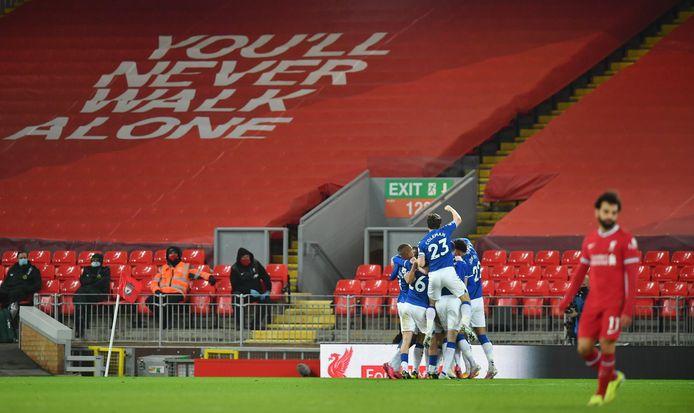 Everton boekt een historische zege op Anfield.