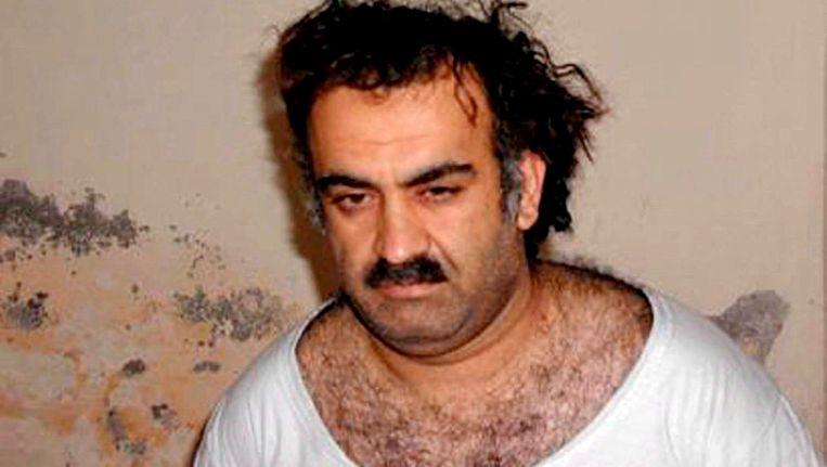 Khalid Sheikh Mohammed, net nadat hij is opgepakt in Pakistan. Beeld EPA