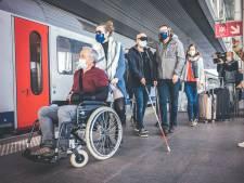 """Vzw Konekt meet stationsontwerpers een handicap aan. """"En probeer het nu maar zelf..."""""""