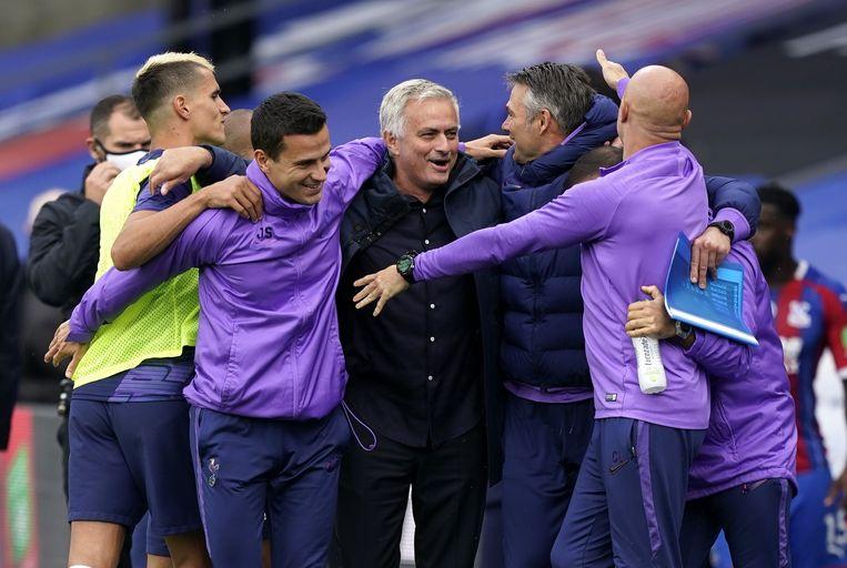 Mourinho blinkt uit als peoplemanager. Beeld Photo News