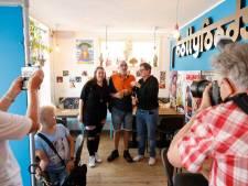 Nijmegen-Oost neemt afscheid van 'Fred Pakket': 'Fred  kent iedereen en aaide alle honden'