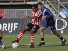 DOVO legt clubloze Achefay voor één seizoen vast