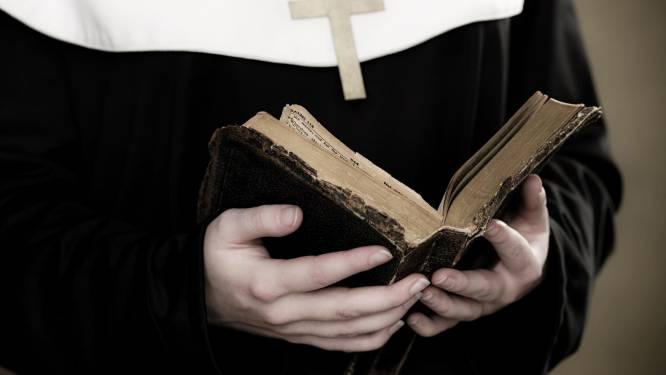Amerikaanse non (79) stal bijna 700.000 euro van katholieke school om gokverslaving te financieren