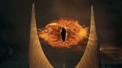"""""""Foto van het zwart gat of het oog van Sauron?"""": grapjes over zwart gat gaan viraal"""