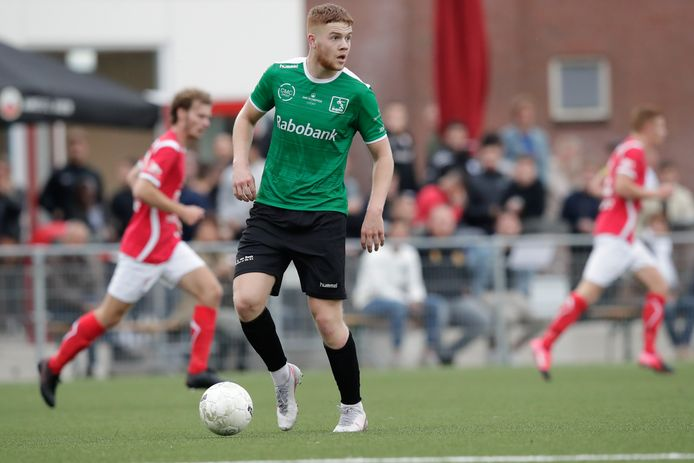 DOVO-middenvelder Niels Willems.
