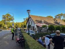 Man rijdt met auto terras Arnhems pannenkoekhuis op: 'Dit had slecht af kunnen lopen'
