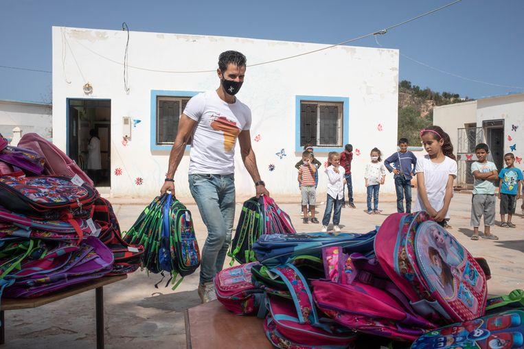 Van het geld dat Karim Boulidam via tikkies ophaalde, kon hij tientallen schooltassen met inhoud kopen. Beeld César Dezfuli