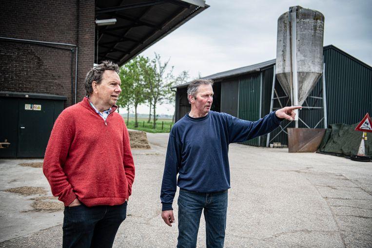 Franke Remerie, voorzitter van Land van Ons, en Anton Remy. Beeld Koen Verheijden