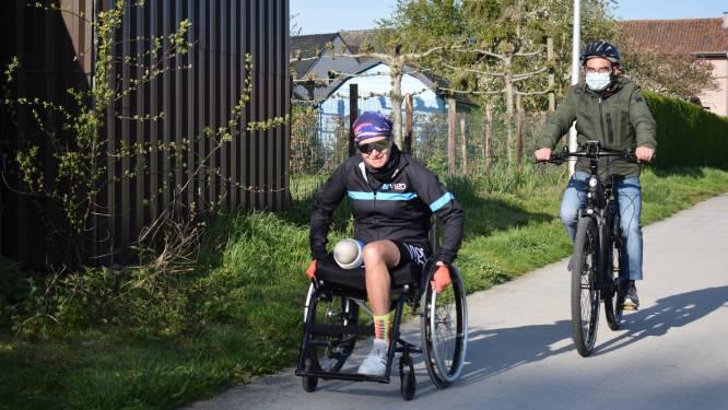 """Nancy (52) finisht triatlon op één been: """"Nu al goesting in de volgende uitdaging"""""""
