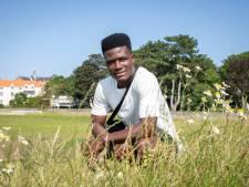 Mishandelde asielzoeker Gabriel (22): 'Ik wil weg uit Harderwijk, ik ben bang'