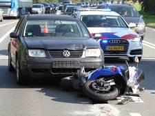 Motorrijder gewond na ongeluk bij Wierden, N35 tijdelijk dicht