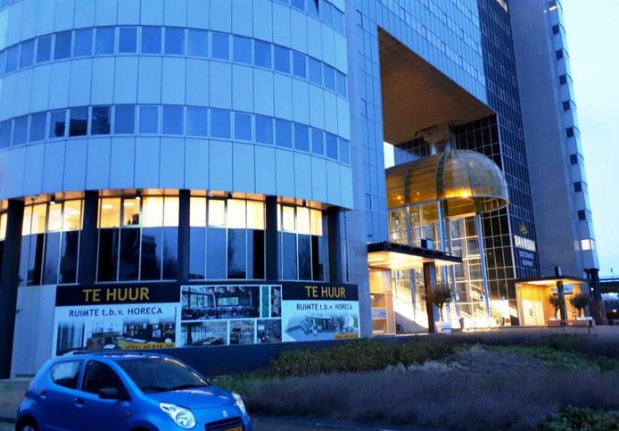 Nieuw restaurant bij Nelson Mandelabrug in Zoetermeer.