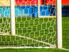 Ook Arratoon is komend seizoen speler van tweedeklasser Serooskerke