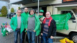 Ontslagen vakbondsafgevaardigde doet syndicaal werk vanuit mobilhome vóór deuren Econocom