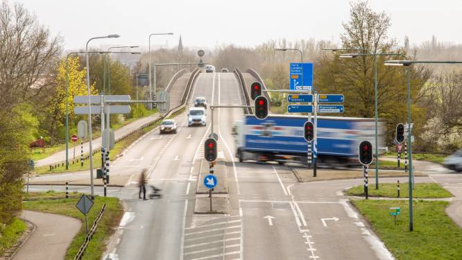 Maken slimme verkeerslichten een einde aan de files op de Rijnbrug bij Rhenen?