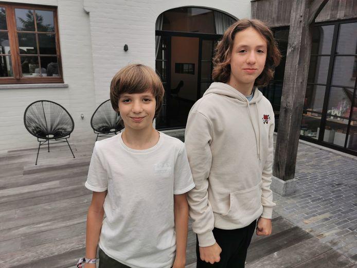 Louis en zijn oudere broer Lucas staan binnenkort voor het eerst samen op het podium van een musical.