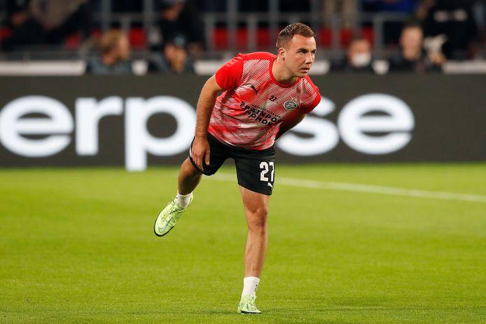 Mario Götze kan tegen Go Ahead Eagles niet meedoen met PSV.