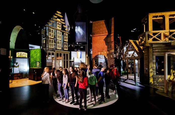 Presentatie van de Canon van Nederland in het Openluchtmuseum.
