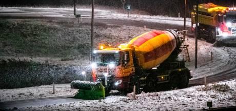 TERUGLEZEN | ANWB: nog meer pechgevallen dan gisteren, files door gaten in snelwegen