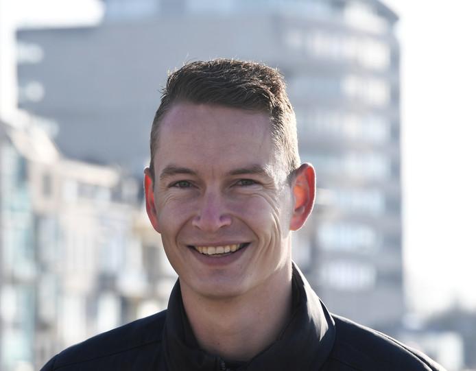 Kevin Hollander neemt zijn assistent bij Walcheren, Renaldo Jacobs, mee naar VC Vlissingen.