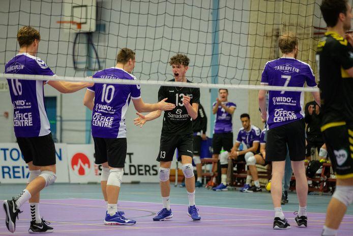 De volleyballers van Vocasa konden een 2-0 voorsprong niet over de streep trekken.