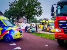 Vrouw zwaargewond bij val op kruising in Nuenen, traumahelikopter kon niet opstijgen door mist