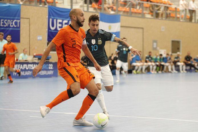 Oranje-international en FCE-aanvoerder Oualid Saadouni.