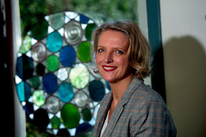 Uitvaartverzorger Marinka de Haan: ,,Een uitvaart met honderd mensen vind ik niet intiem. En ook niet verstandig.''