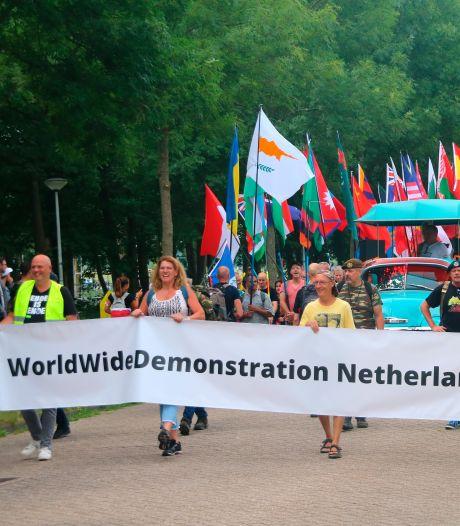 Duizenden mensen demonstreren tegen coronamaatregelen