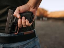 Un homme s'invite chez lui et pointe une arme sous son nez pour 20 euros
