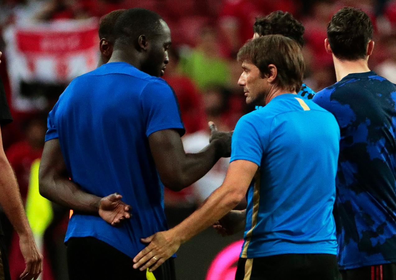 Romelu Lukaku met Antonio Conte, zijn coach bij Inter.