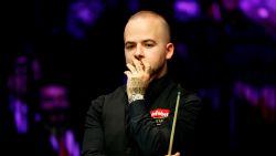 Luca Brecel ligt er meteen uit op Gibraltar Open snooker