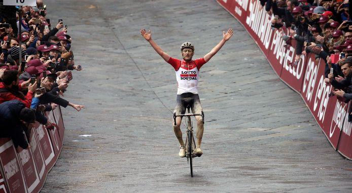Tiesj Benoot, dernier vainqueur belge des Strade Bianche.