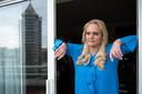 Arcuri, hier in haar hotelkamer, zou voor zeven jaar aan dagboeken over de affaire hebben gedocumenteerd.