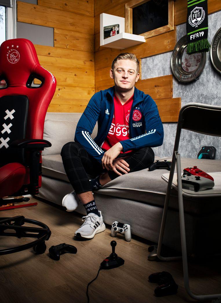 Dani Hagebeuk, e-sporter van Ajax: 'In mij zit een wereldkampioen'