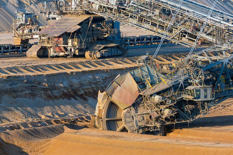 Bruinkoolwinning: 166 miljoen ton zeer vervuilende bruinkool werd er in 2019 gewonnen in Duitsland. Beeld © Zoonar.com/T.W. van Urk