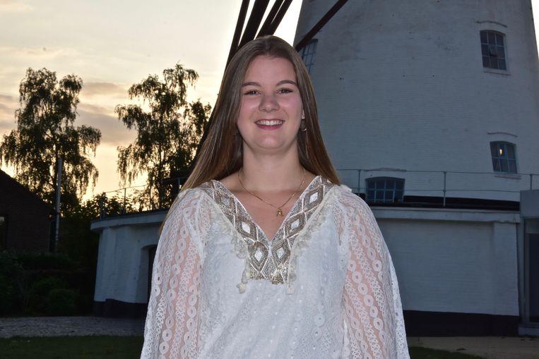 Tamica Labarque (20) uit de Laagweg is de oudste kandidate