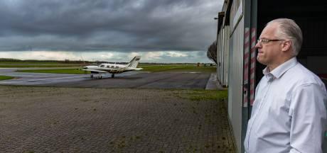 Piloten vinden vliegveld Lelystad onveiliger na komst luchtverkeersleiding: 'Vliegen is hier gevaarlijk'
